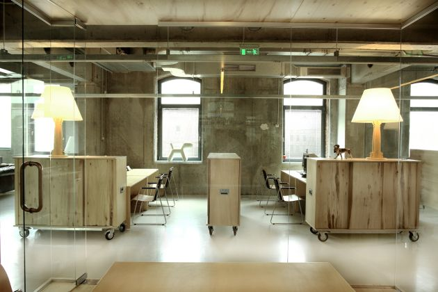 headvertising-office