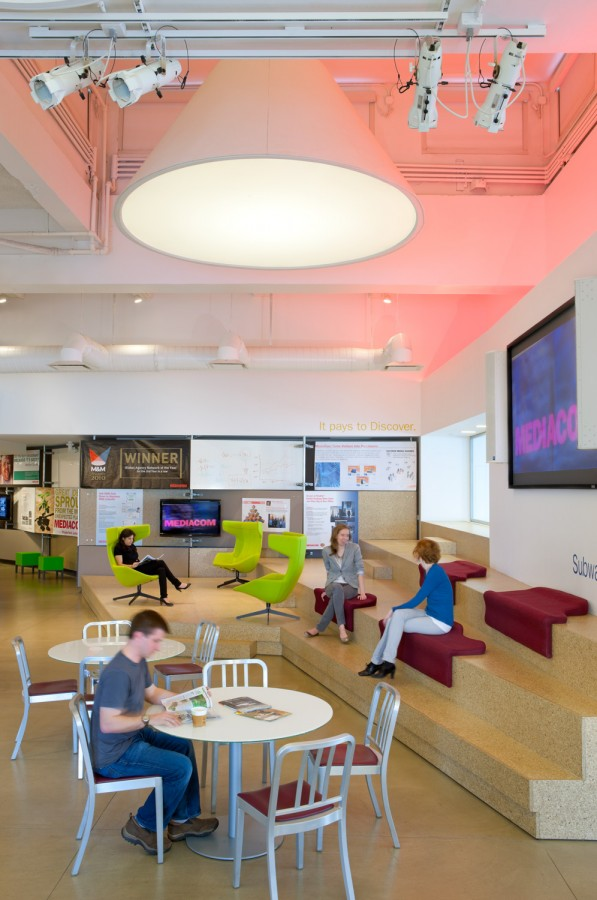 mediacom-Office-lounge-space