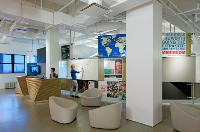 mediacom-Office-reception